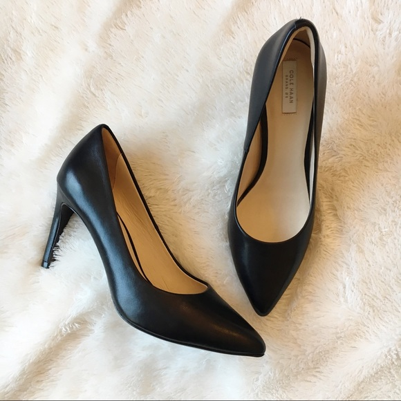 5df03e0c73d Cole Hann Grand OS Eliza Grand Pumps Black